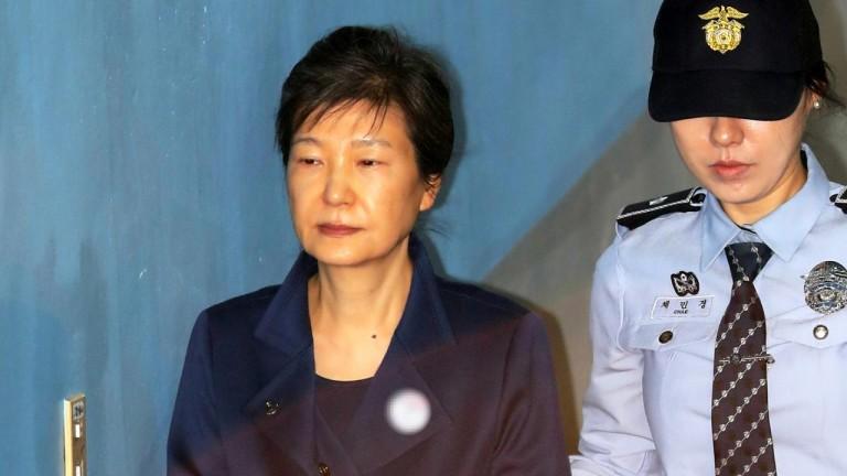 """법원, 박근혜 추가 구속영장 발부..""""증거인멸 염려"""""""