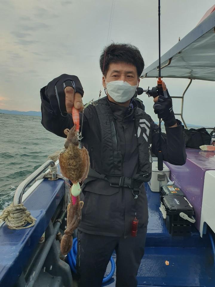 [푸른바다3호]9월 22일 12물 조황정보