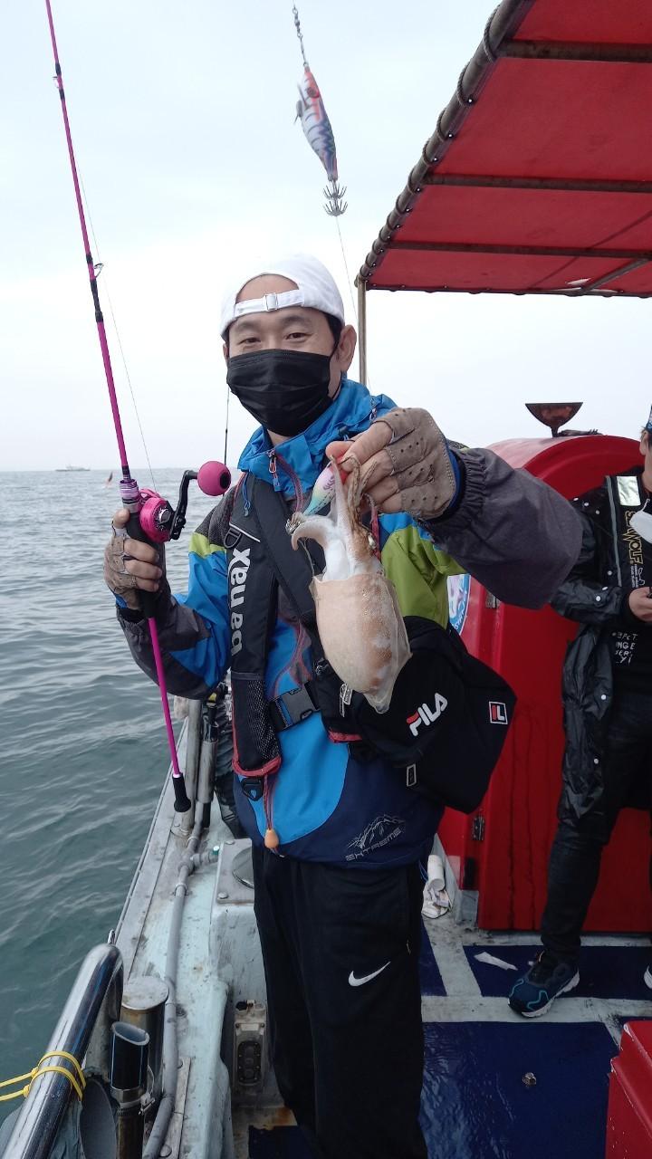 [푸른바다2호]10월 3일 조황기
